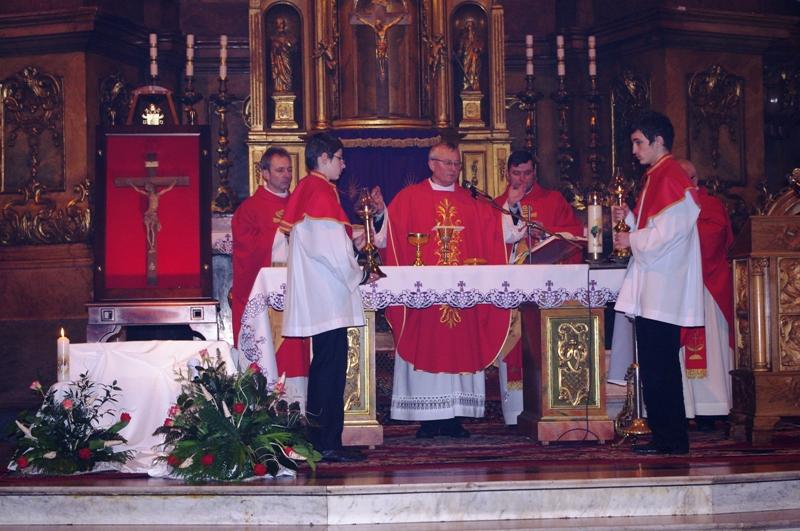 Msza Święta w czasie peregrynacji krzyża bł. Jana Pawła II 1, fot. Agnieszka Kępowicz