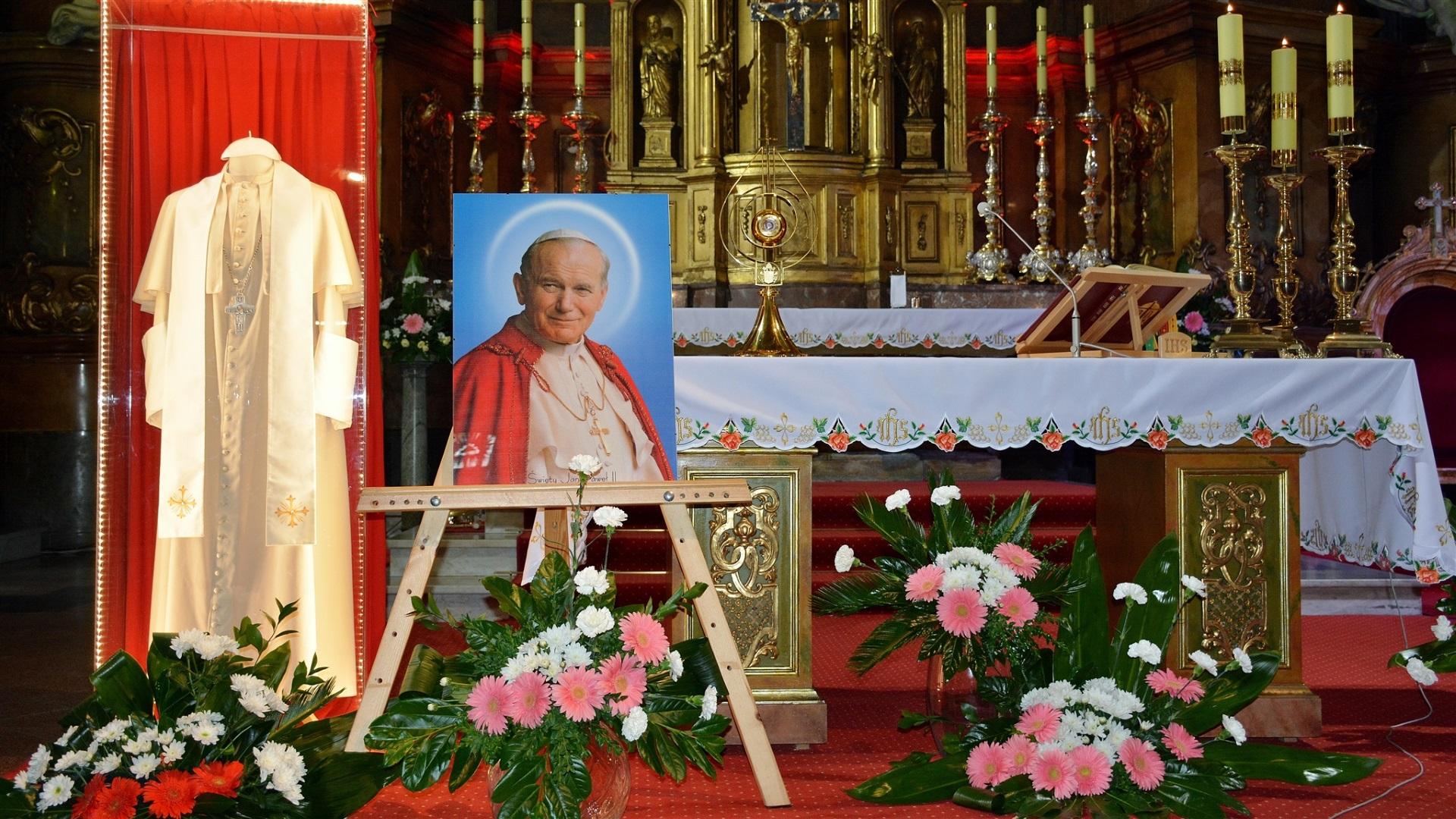 Peregrynacja relikwii św.Jana PawłaII